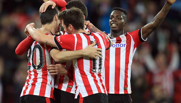 Aduriz y una goleada acercan al Athletic a la séptima posición