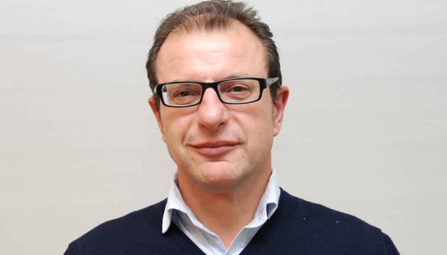 Carlos Gimeno (PSN) sustituye a Cristina González como candidato