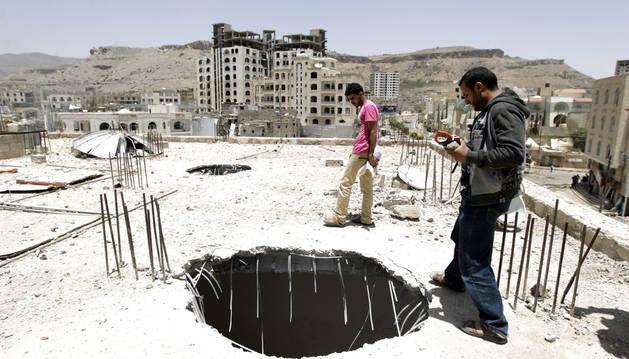 Uno de los destrozos causados por los bombardeos.