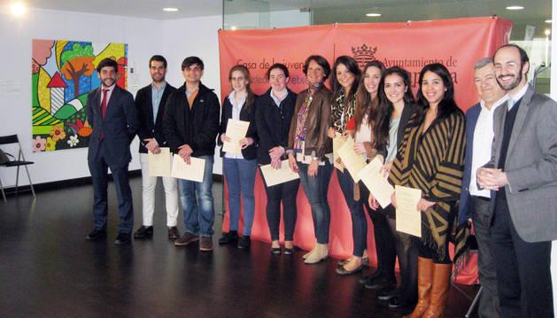 Alumnos de Derecho reciben diplomas como asesores jurídicos