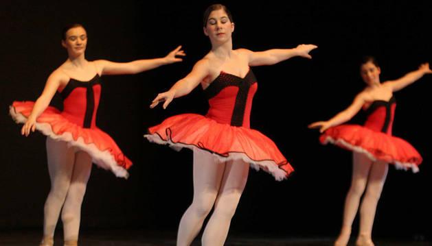 Celebración del día de la danza en Barañáin, en una edición anterior.