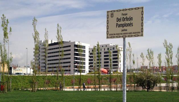 El Ayuntamiento cambiará la placa del parque Del Orfeón Pamplonés