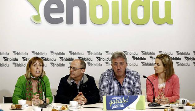 Los candidatos de Bildu para Pamplona, Bilbao, Vitoria y San Sebastián.