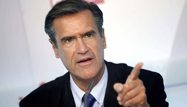 López Aguilar.