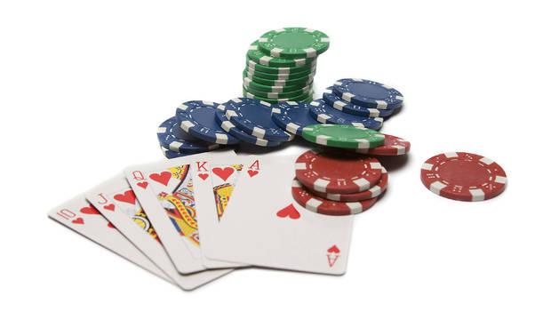 El auge del póquer en la última década ha hecho que proliferen por el mundo multitud de estrategias.