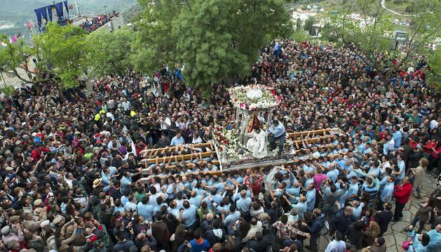 Miles de romeros no fallan a su cita con la Virgen de la Cabeza