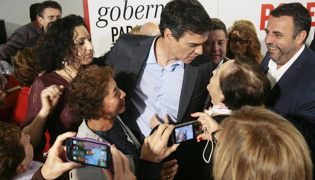 Sánchez se marca una agenda como si él fuera candidato el 24 de mayo