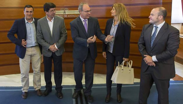Podemos y Ciudadanos enfrían el optimismo del PSOE en Andalucía