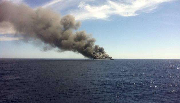 El ferry 'Sorrento' puede hundirse debido a 18 millas  de Mallorca