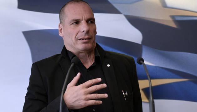 Varoufakis ofrece una amnistia fiscal para los depósitos en el extranjero
