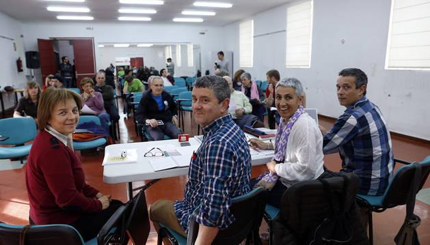 De izda. a dcha., Patrizia Lorente, Fernando León, Argiñe Korta y Gustavo Gil Pérez-Nievas, ante asistentes al acto.b.a.