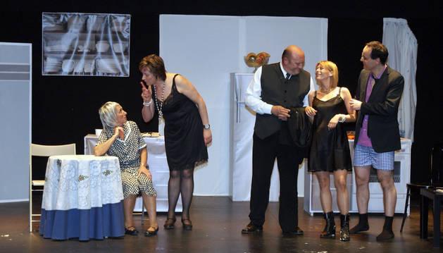 Imagen de la representación de '¡Anda mi madre!', del grupo de teatro 7 Caños.