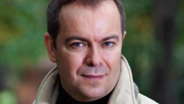 Javier Sierra: El libro, único ocio en el que el público es libre