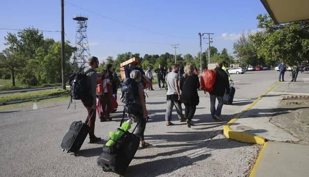 Aterriza en Barajas el segundo avión con españoles evacuados de Nepal