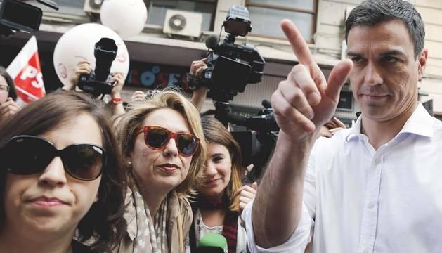 Pedro Sánchez se compromete a aprobar un nuevo Estatuto de los Trabajadores