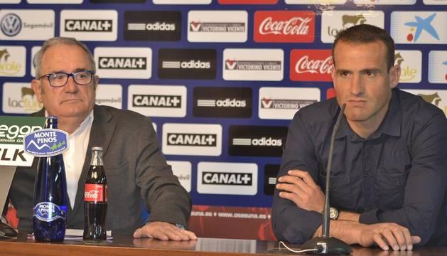 Luis Sabalza y José Manuel Mateo, este lunes en El Sadar.