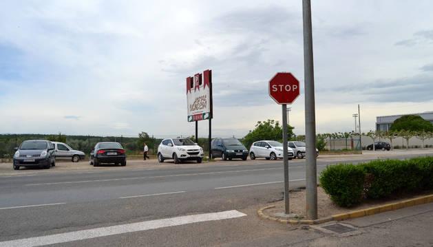 El solar continuará utilizándose como aparcamiento de coches.