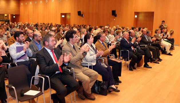 Asistentes al acto de presentación de Sociedad Civil Navarra, ayer en Baluarte.