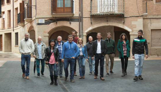 Los integrantes de la candidatura ILA de Los Arcos.