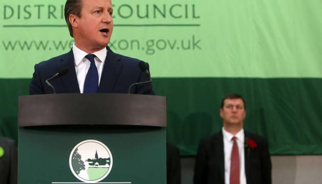 Los conservadores ganan a los laboristas, castigados en Escocia