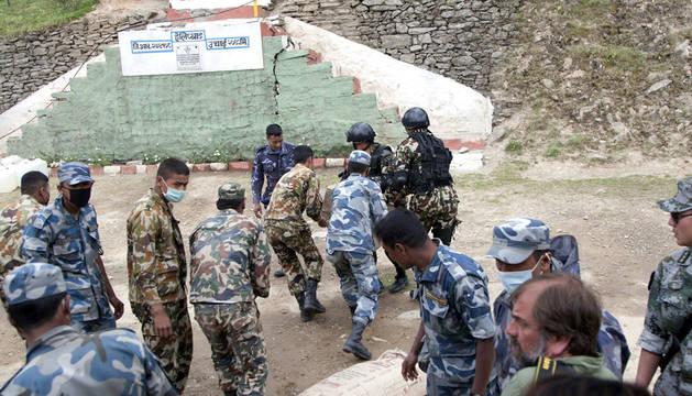 La búsqueda de 6 españoles en Nepal seguirá hasta agotar las posibilidades