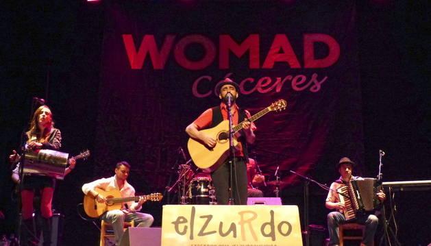 El grupo español El Zurdo ha abierto el Festival WOMAD de Cáceres.