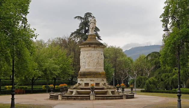 Los actos comenzarán junto al monumento a Julián Gayarre.