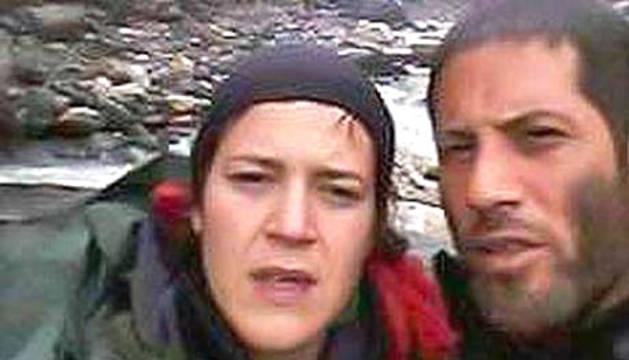 Isabel y Mixel, en la última foto que enviaron antes de desaparecer en el valle de Langtang.