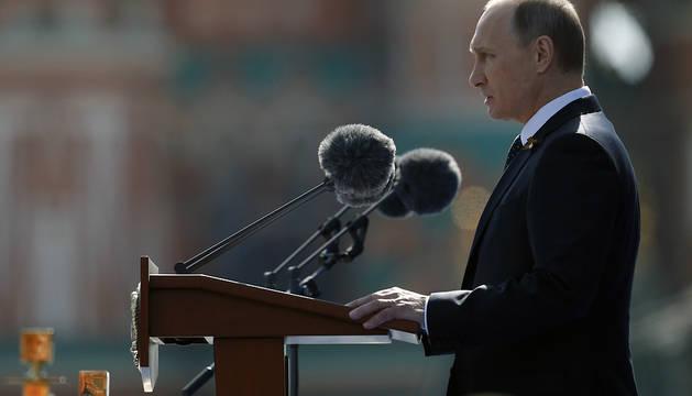 Putin, durante el desfile en la Plaza Roja.