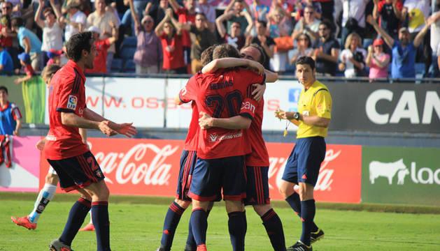 Encuentro correspondiente a la Jornada 37 de la Liga Adelante, temporada 2014/2015, disputado en el estadio de El sadar entre el C.A. Osasuna y el Mirandés. Los locales vencieron por 2-0.