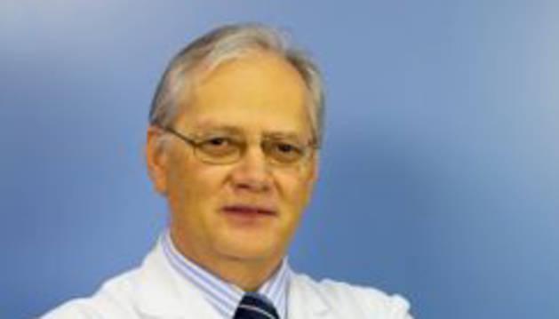 El neurólogo Martínez Vila  recibe el premio científico SEN Ictus-2014