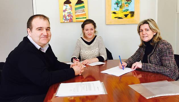 Villanueva, Goñi y la directora gerente Botín.
