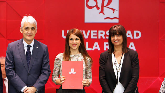 Cristina Blasco Roy, al recoger el premio.