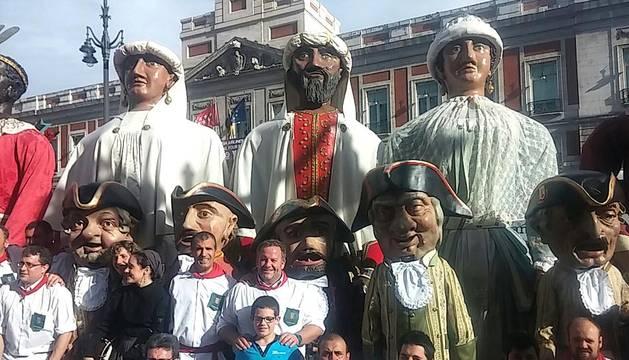 La Comparsa de gigantes desfila en Madrid.
