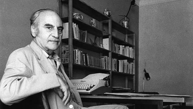 El escritor Francisco Ayala.