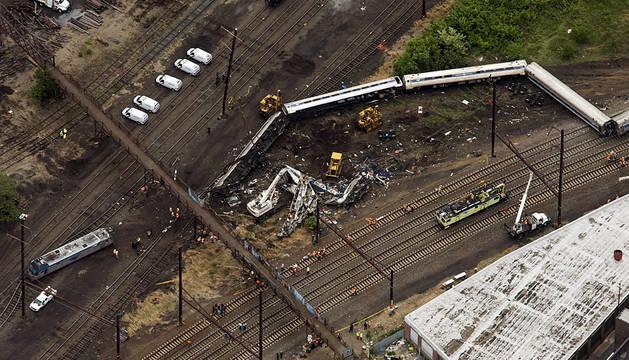El exceso de velocidad, posible causa del accidente de tren de Filadelfia