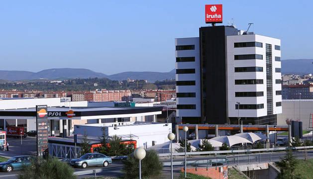 Edificio con las oficinas centrales de Iruña Grupo en Pamplona.