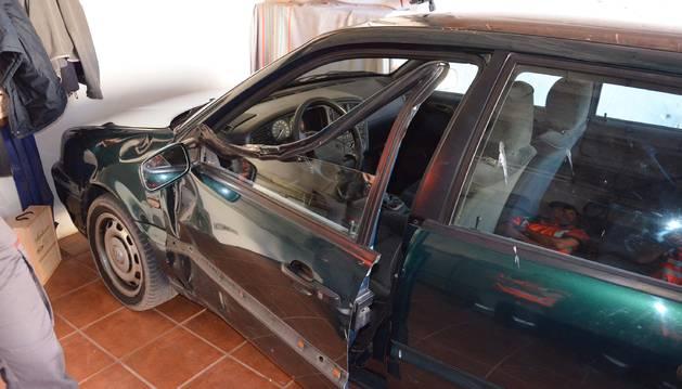 Estado en que quedó el coche tras el accidente.