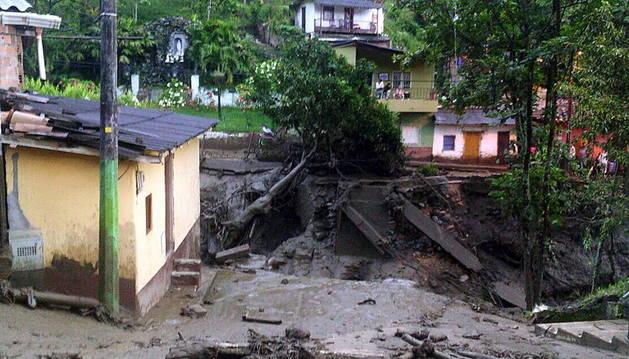 Algunos de los destrozos provocados por la avalancha.