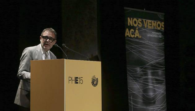 El presidente de PhotoEspaña, en la presentación del festival.