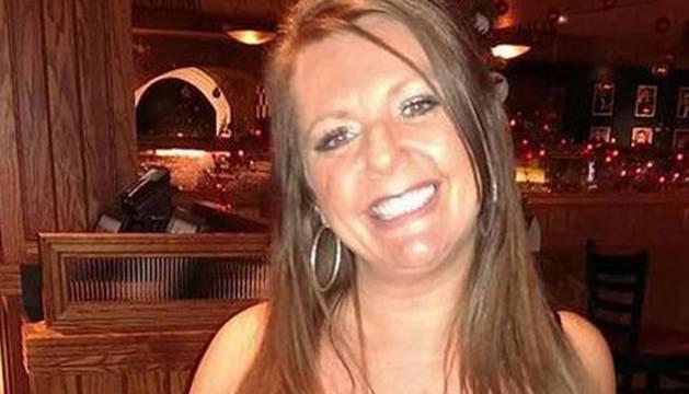 Lisa Royle, antes de someterse a la operación.