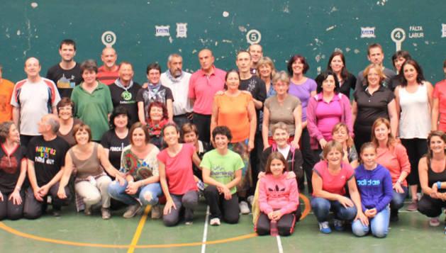 Participantes en las sesiones de danza.