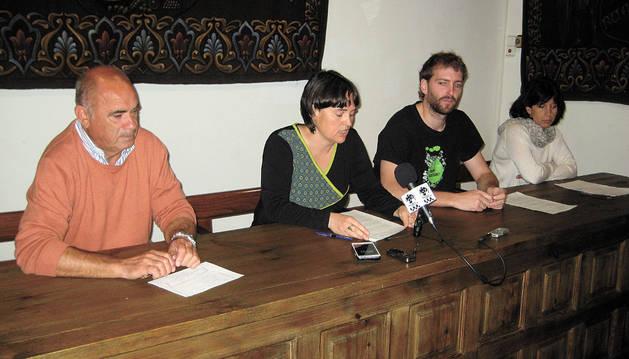 Representantes del gobierno municipal de Baztan.