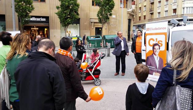 Acto de cierre de campaña de Ciudadanos en la plaza del Vínculo.