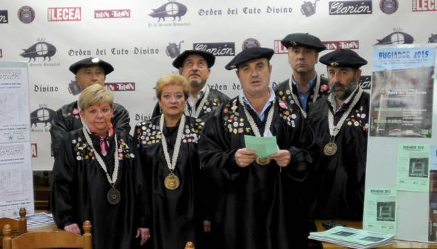 Miembros de la Orden del Cuto Divino, en la presentación.