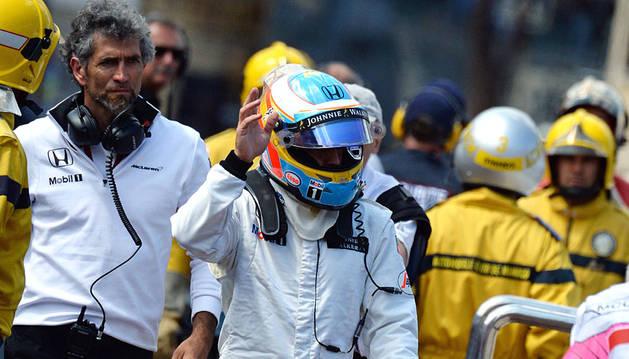 Alonso, después de abandonar la carrera en Mónaco.