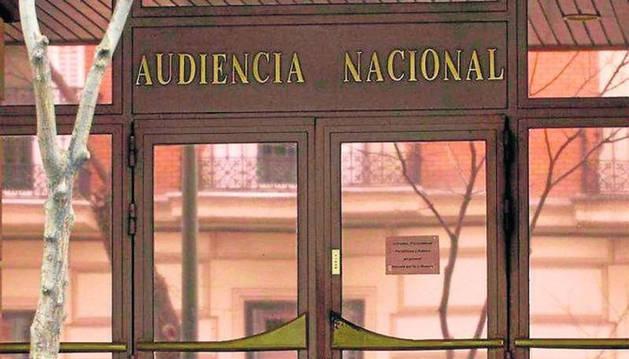 La fiscalía pide 8 años de cárcel para dos presuntos etarras