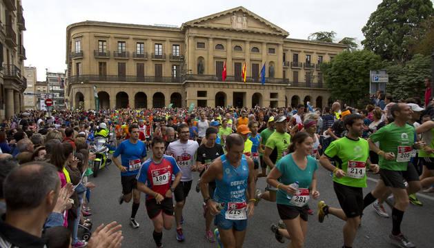 Participantes el pasado año en la primera San Fermin Marathon.