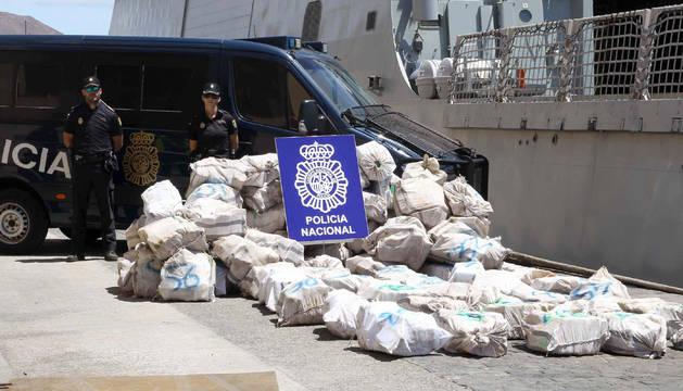 Interceptado un barco con 1.800 kg de cocaína en aguas del Atlántico