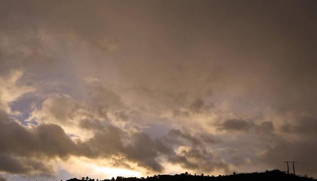 Nubes y claros en Tierra Estella.